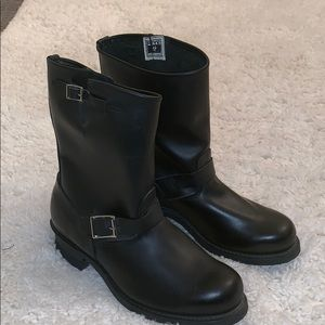 Frye Engineer Boots size 11 1/2